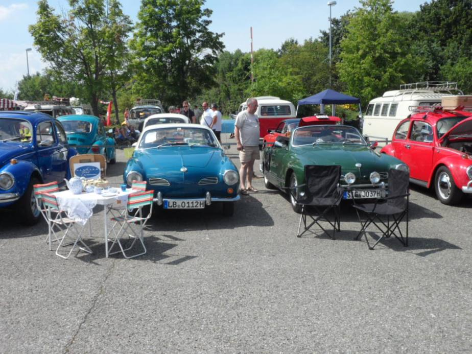 Die Karmannfans auf dem VW Treffen inLudwigsburg
